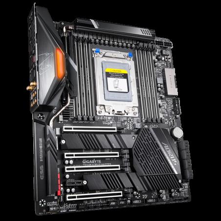 gigabyte-trx40-aorus-master-scheda-madre-amd-trx40-socket-strx4-atx-esteso-3.jpg