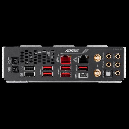 gigabyte-trx40-aorus-master-scheda-madre-amd-trx40-socket-strx4-atx-esteso-6.jpg